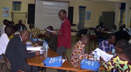 Formation d'ingénieurs et techniciens à Lomé (Togo).